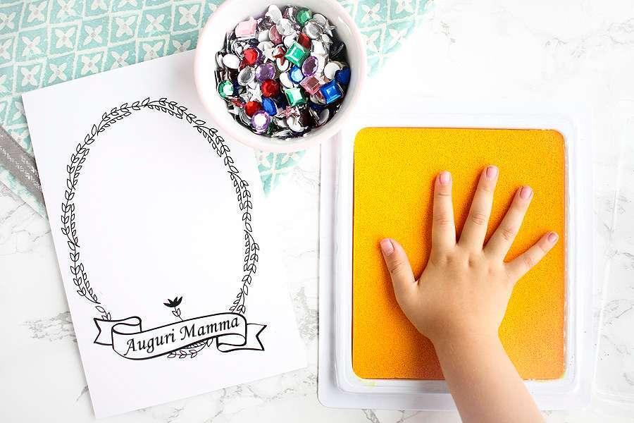 Festa della mamma: i lavoretti da stampare