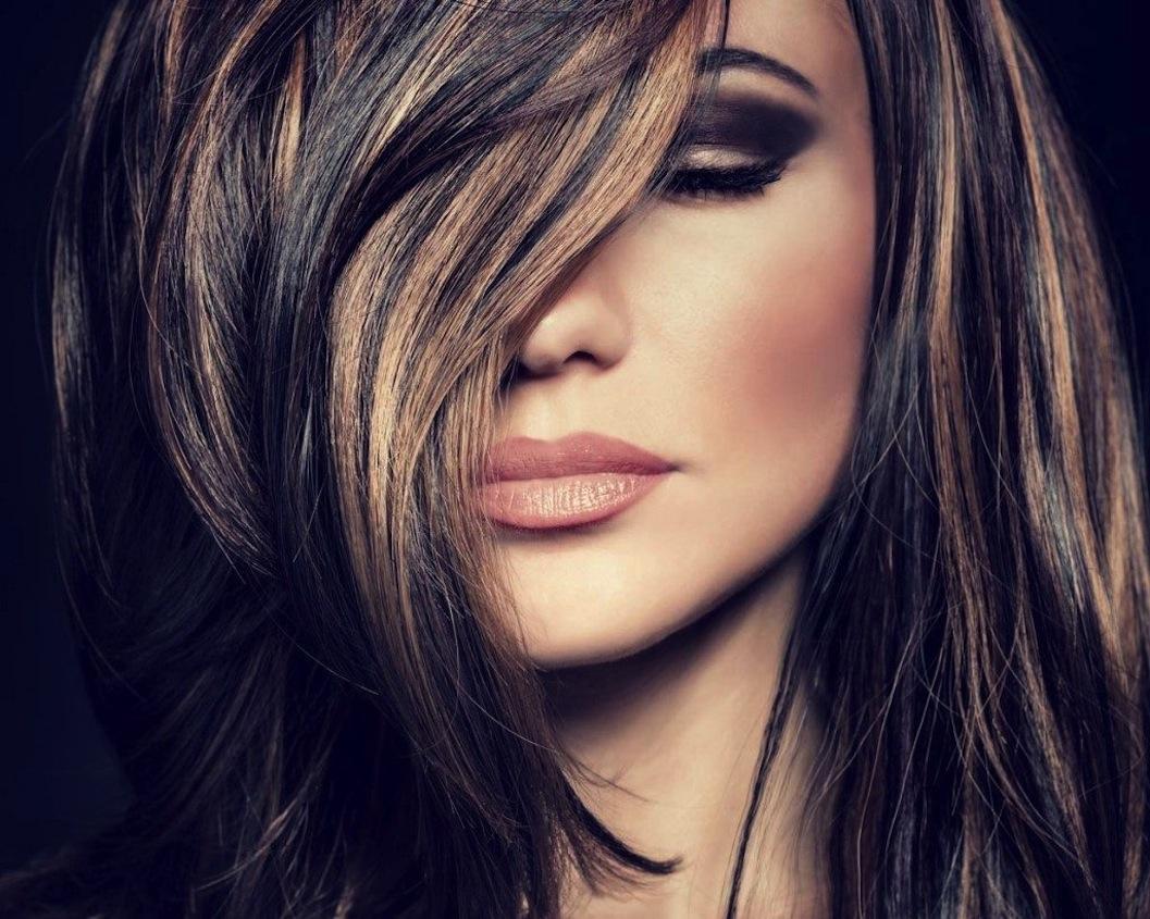Come sfumare i capelli: una guida da seguire per tutti i passaggi