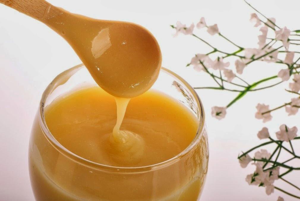 crema cera d'api olio di mandorle