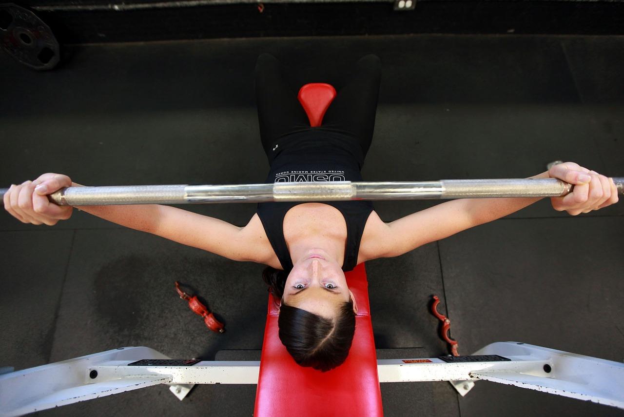 donna massa muscolare