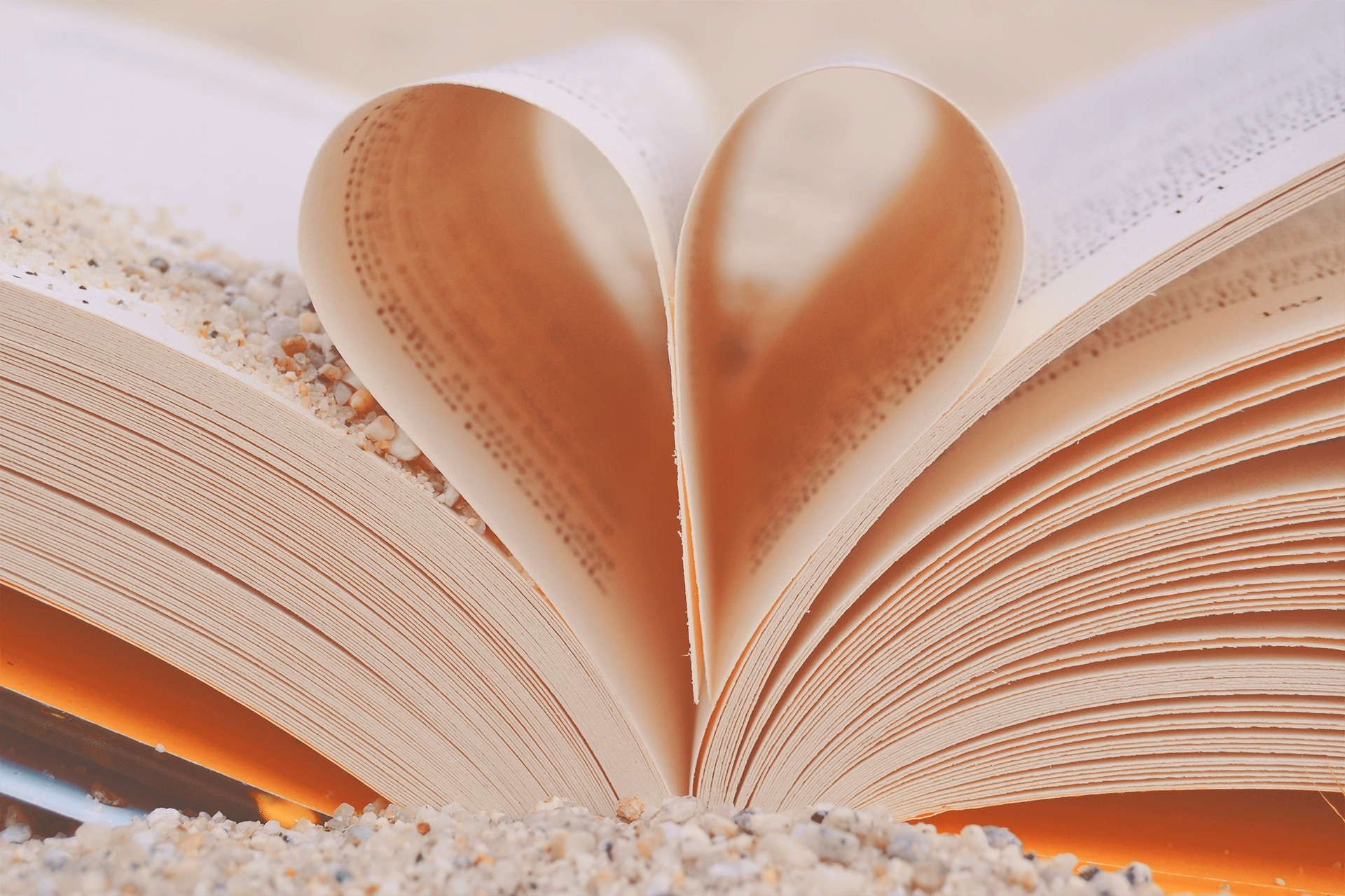 Frasi d'amore brevi e famose: le più romantiche