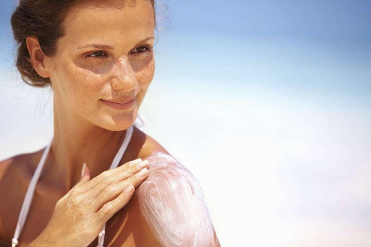 Creme solari per cicatrici: le migliori per proteggerle dal sole