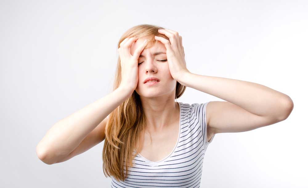 Cefalea con aura cos'è cura rimedi naturali