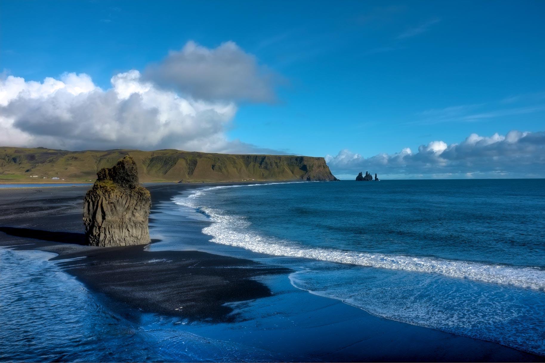 Reynisfjara in Islanda