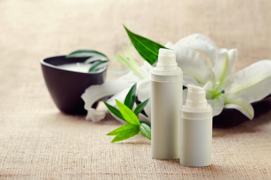 cosmetici senza parabeni siliconi e petrolati