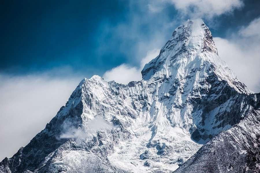 Le montagne più belle del mondo: quali sono le vette da vedere una volta nella vita