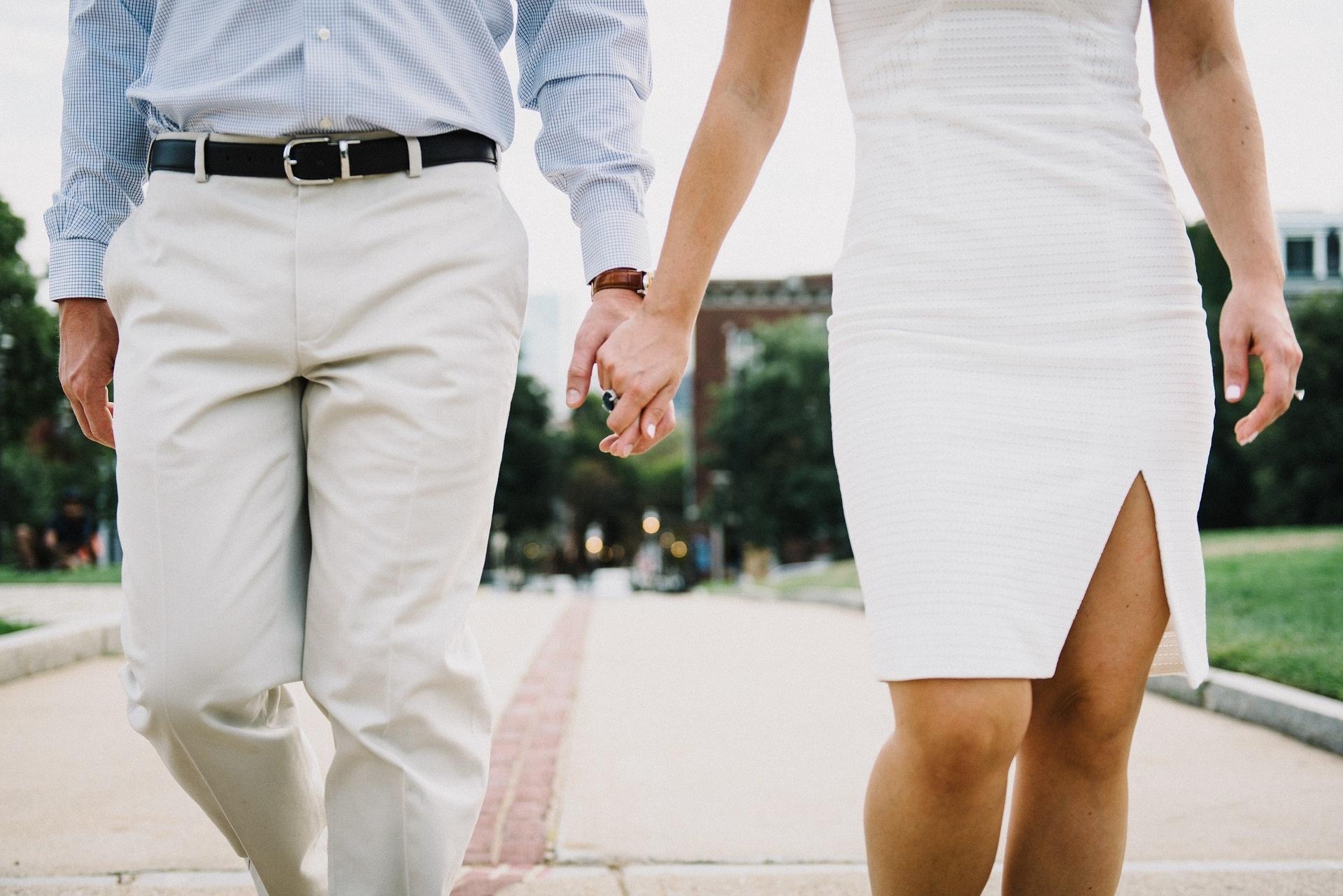 Risultati immagini per non tradire la fiducia del partner