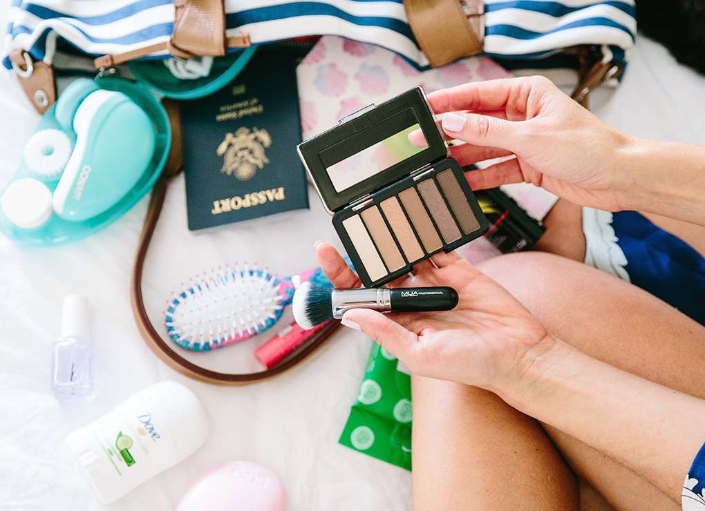 Minitaglie cosmetici da viaggio