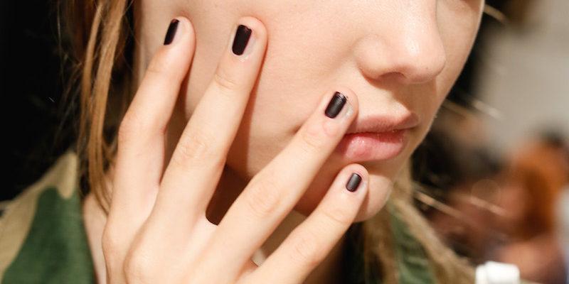 nail contouring cosa e