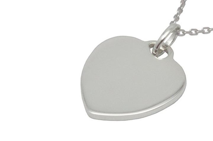 Collana con pendente in argento a cuore Arfasatti