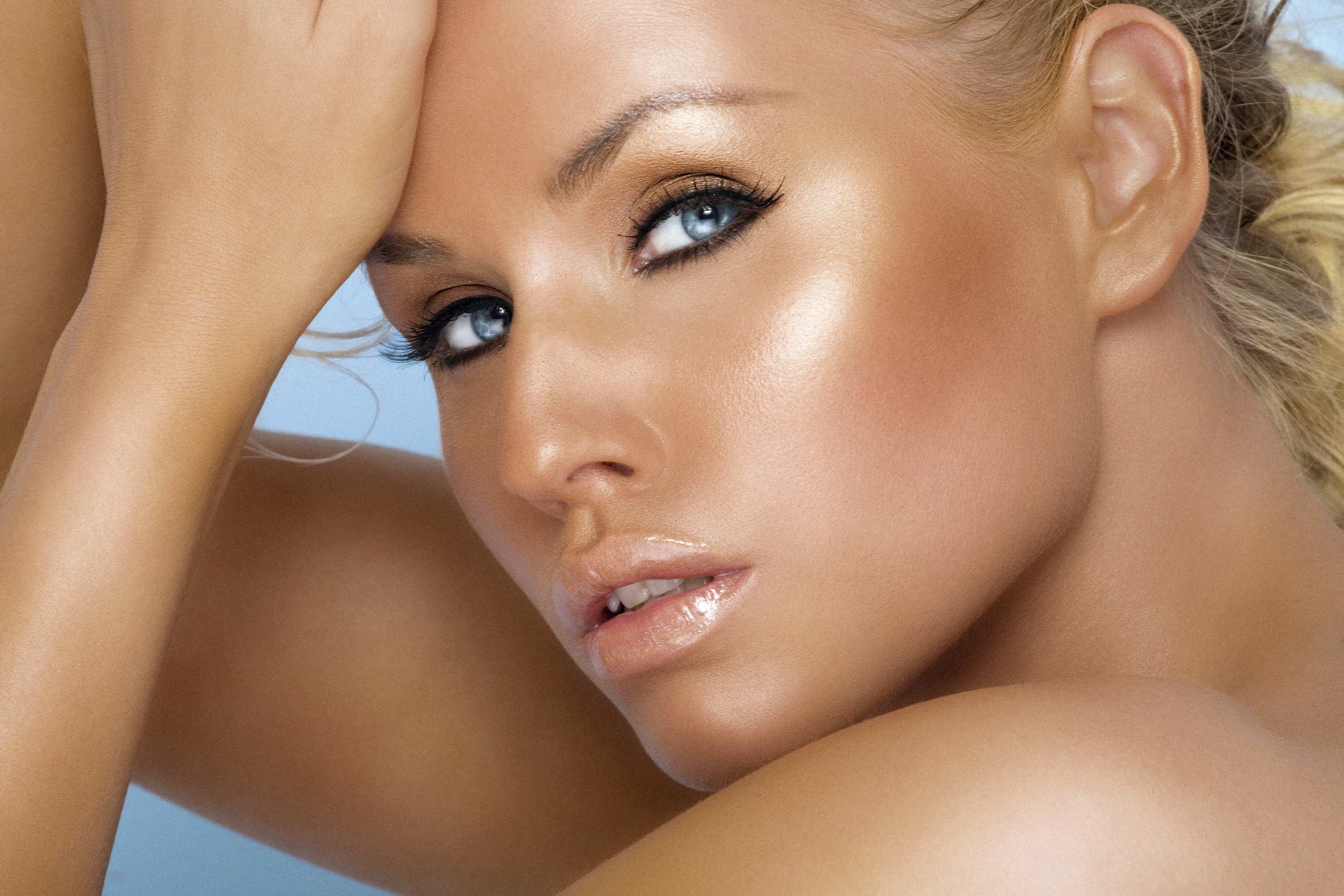 pro e contro abbronzatura spray