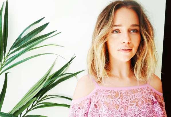 Emilia Clarke: gossip, vita privata, altezza e peso di Daenerys de Il Trono di Spade