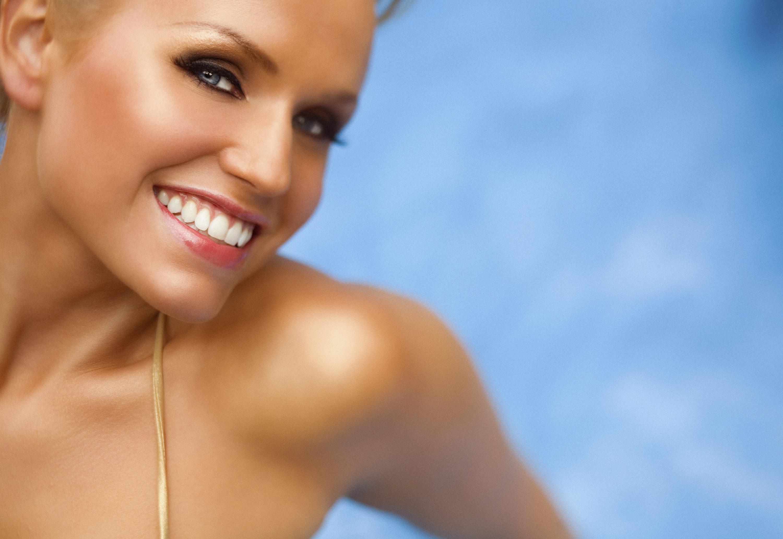 Maschera viso abbronzante: le ricette per mantenere a lungo la tintarella