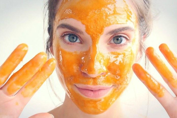 maschera viso carota e camomilla