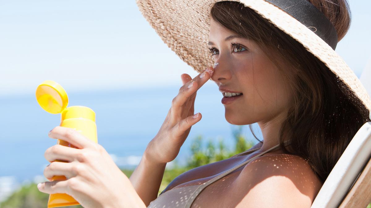 protezione solare per acne