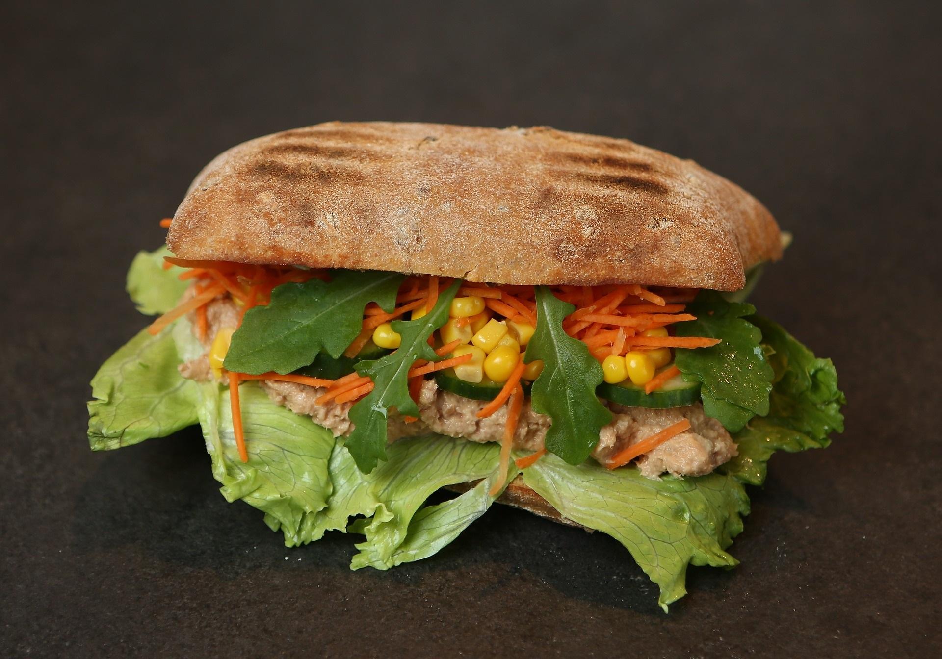 sandwich tonno
