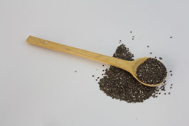 Come usare i semi di chia per dimagrire: i consigli utili