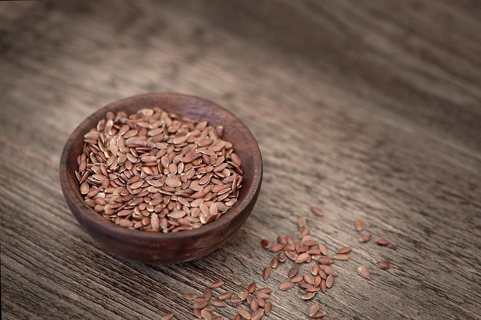 Come usare i semi di lino per dimagrire: i consigli utili