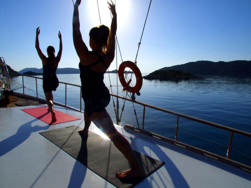 yoga on boat
