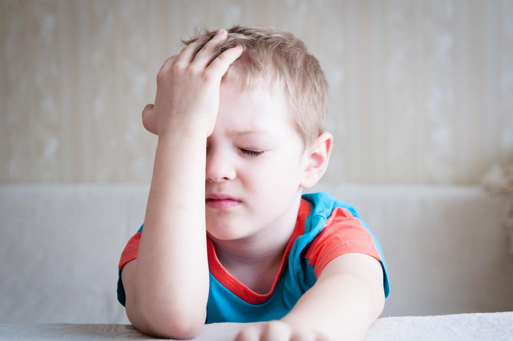 Mal di testa nei bambini: cause, sintomi e rimedi