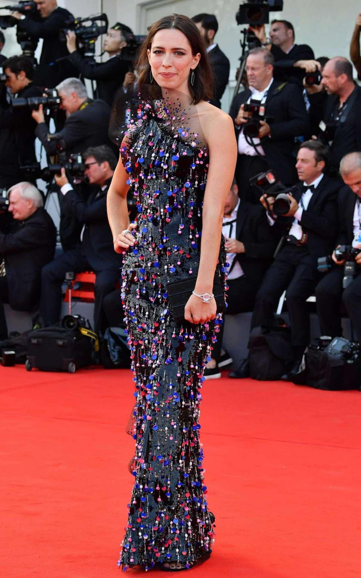 Festival del Cinema di Venezia 2017: i look delle star al lido