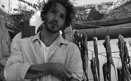 Stefano De Martino e il ritocco con Photoshop: la foto incriminata