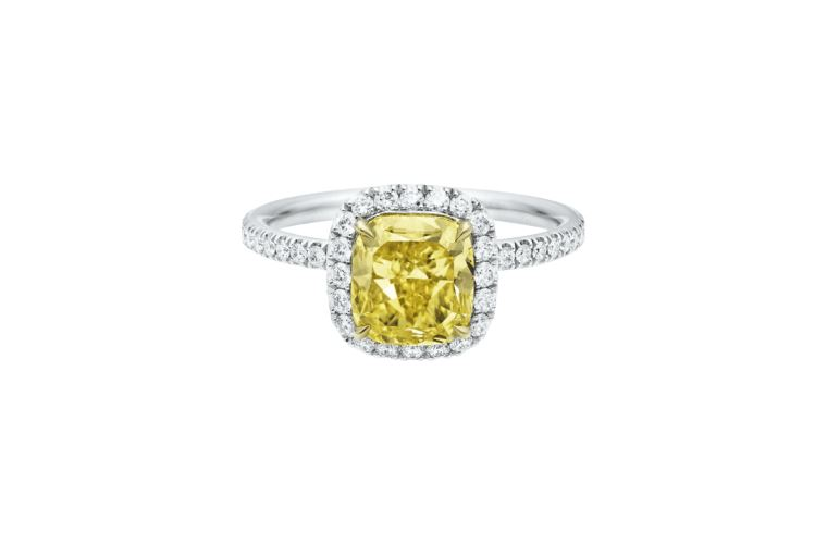 Anello di fidanzamento con diamante giallo Harry Winston