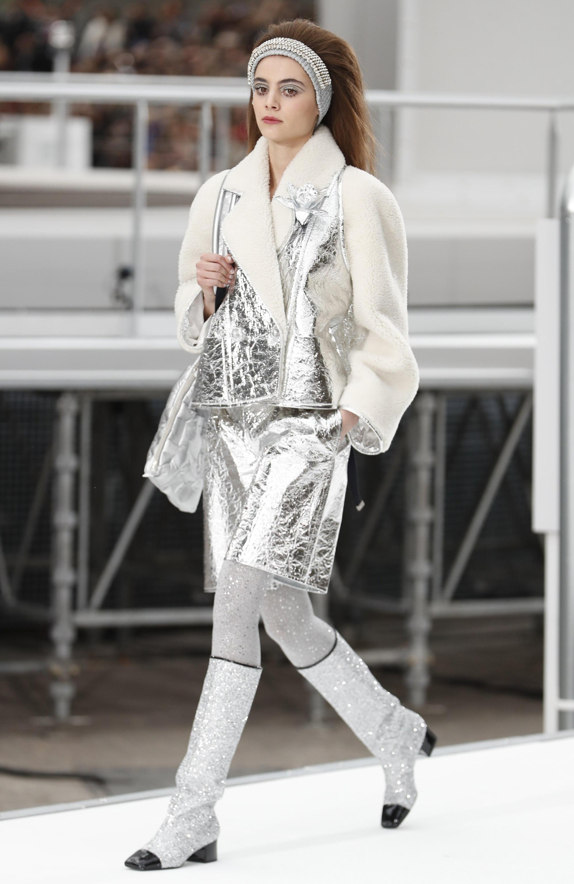 Chanel Runway Ready to wear Paris Fashion Week F/W 2017/18
