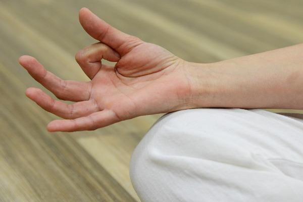 Meditazione mani