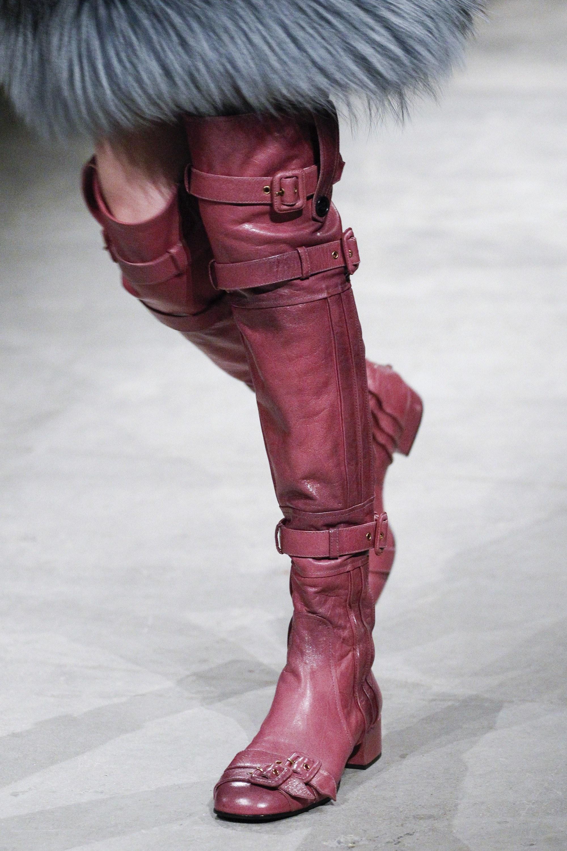 Stivali rosa sopra il ginocchio Prada