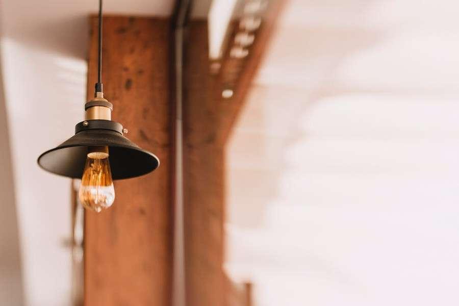 Come illuminare il corridoio: idee originali