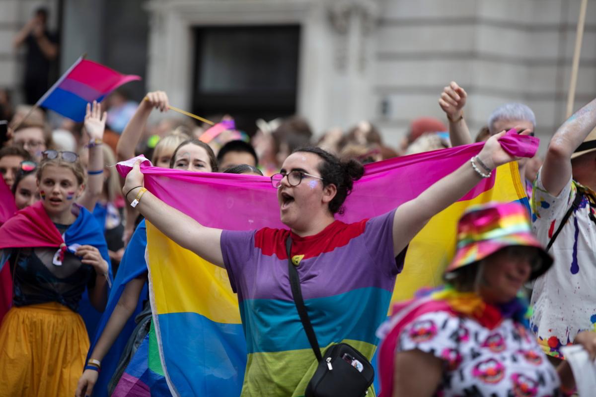 Pansessualità: cosa significa e differenze con la bisessualità
