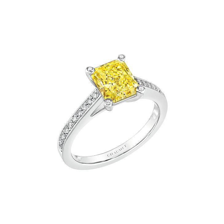 Anello di fidanzamento con zaffiro giallo Chaumet