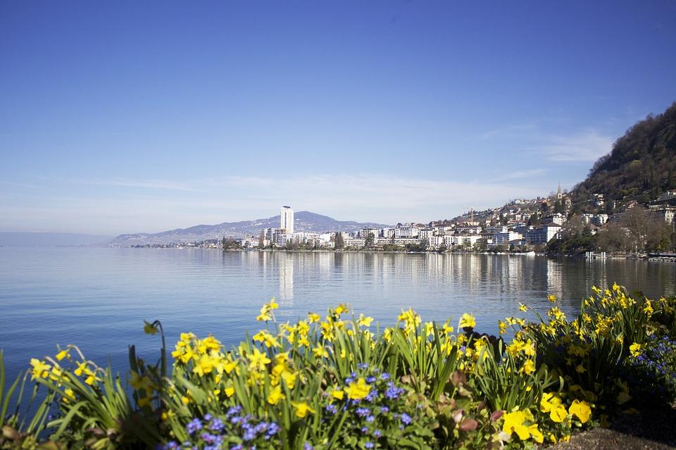 Cosa vedere a Montreux, Svizzera: Freddy Mercury, mercatini di Natale e il castello di Chillon
