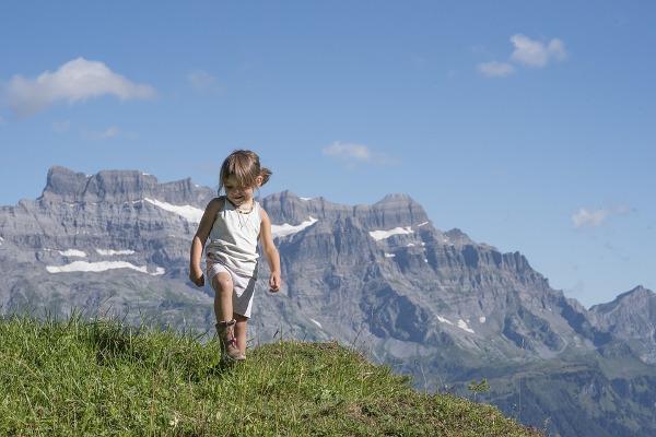 Svizzera natura bambina