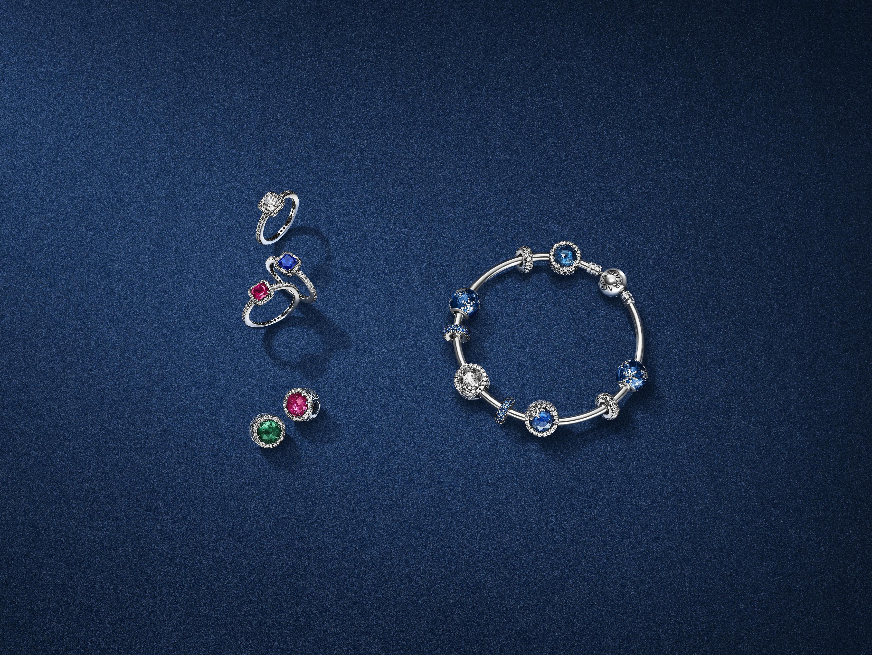 anelli pandora con pietre colorate