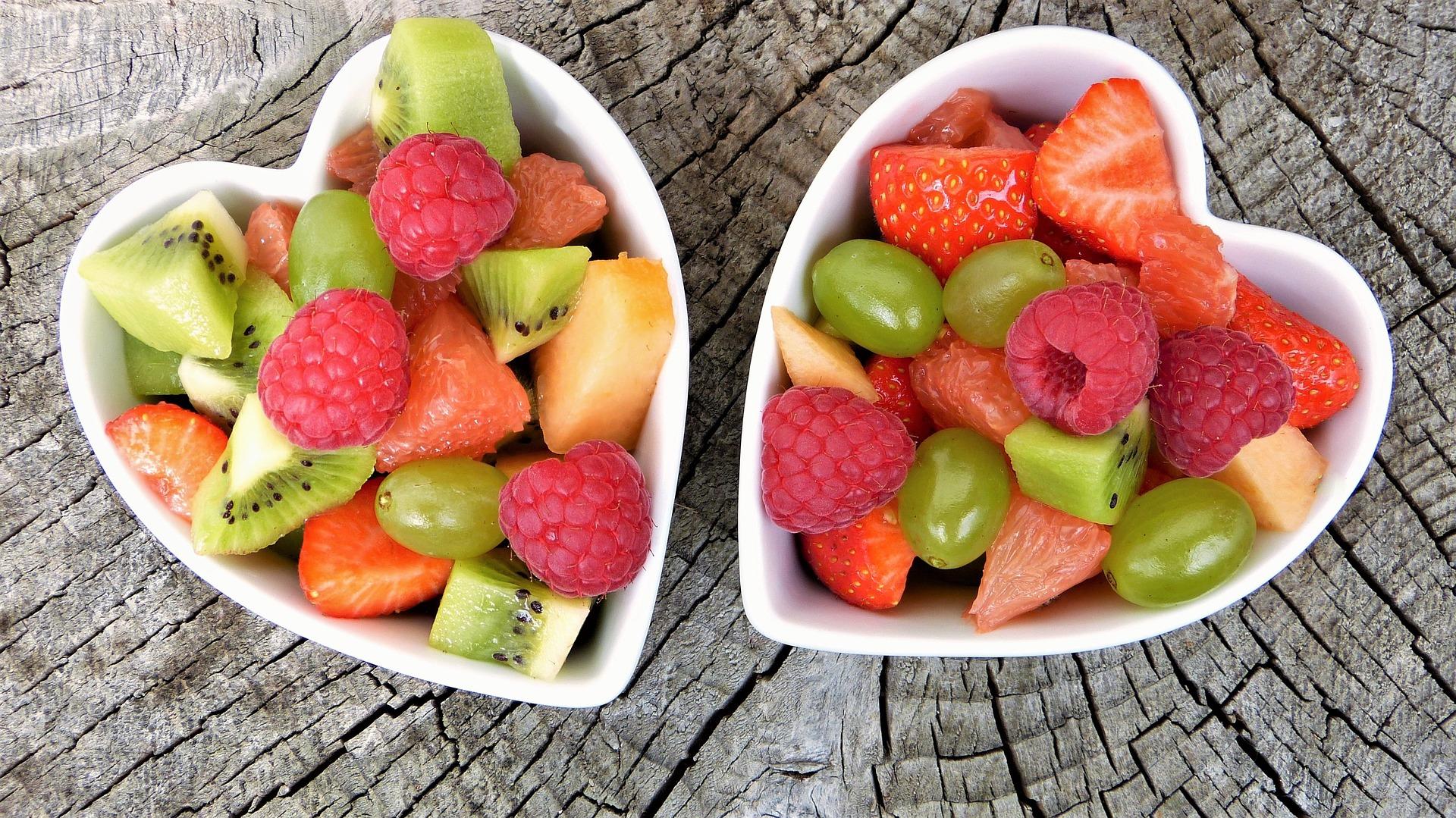 Calorie della frutta: quanta mangiarne?