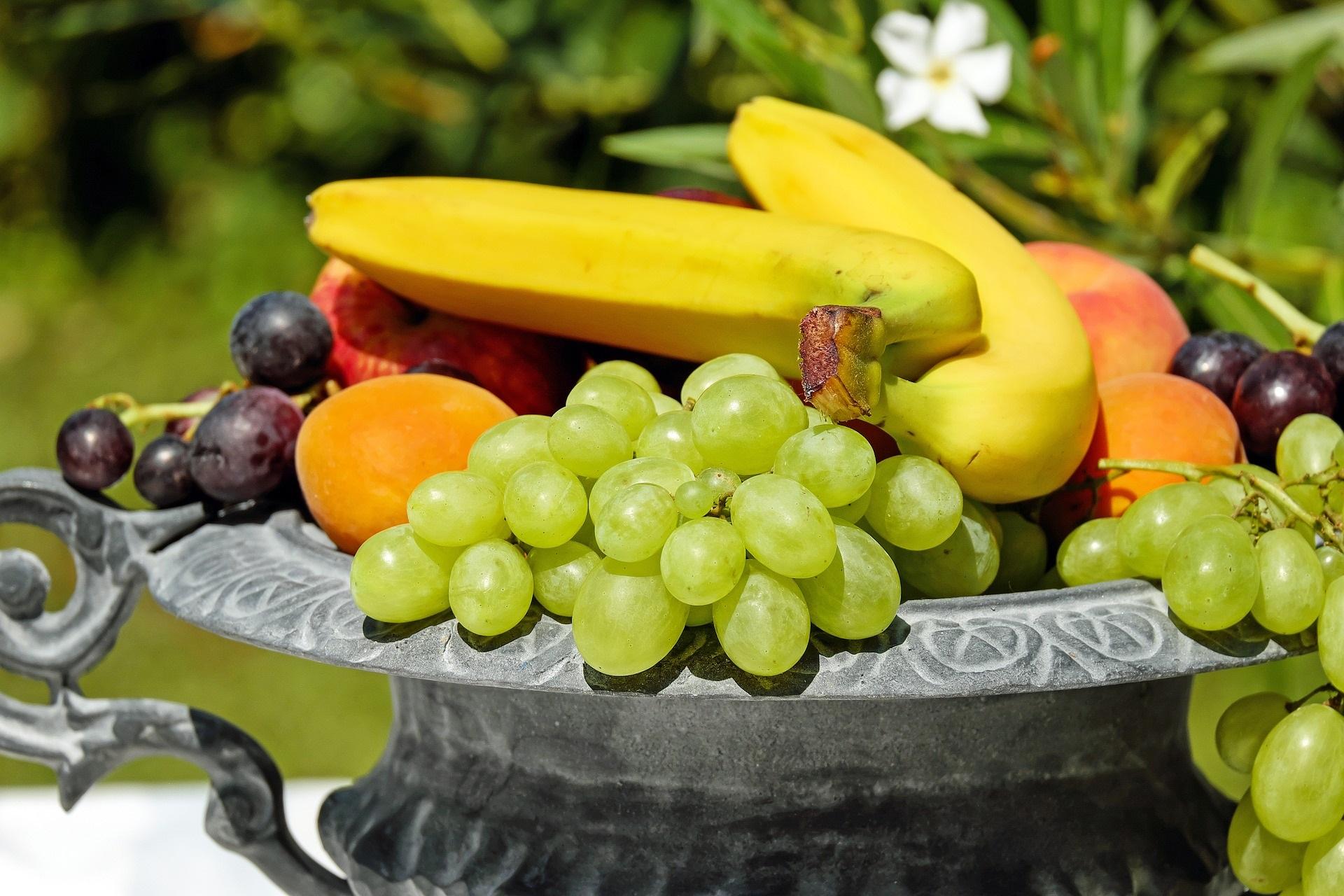 Frutta e allenamento: quale è meglio mangiare nel pre o post workout?