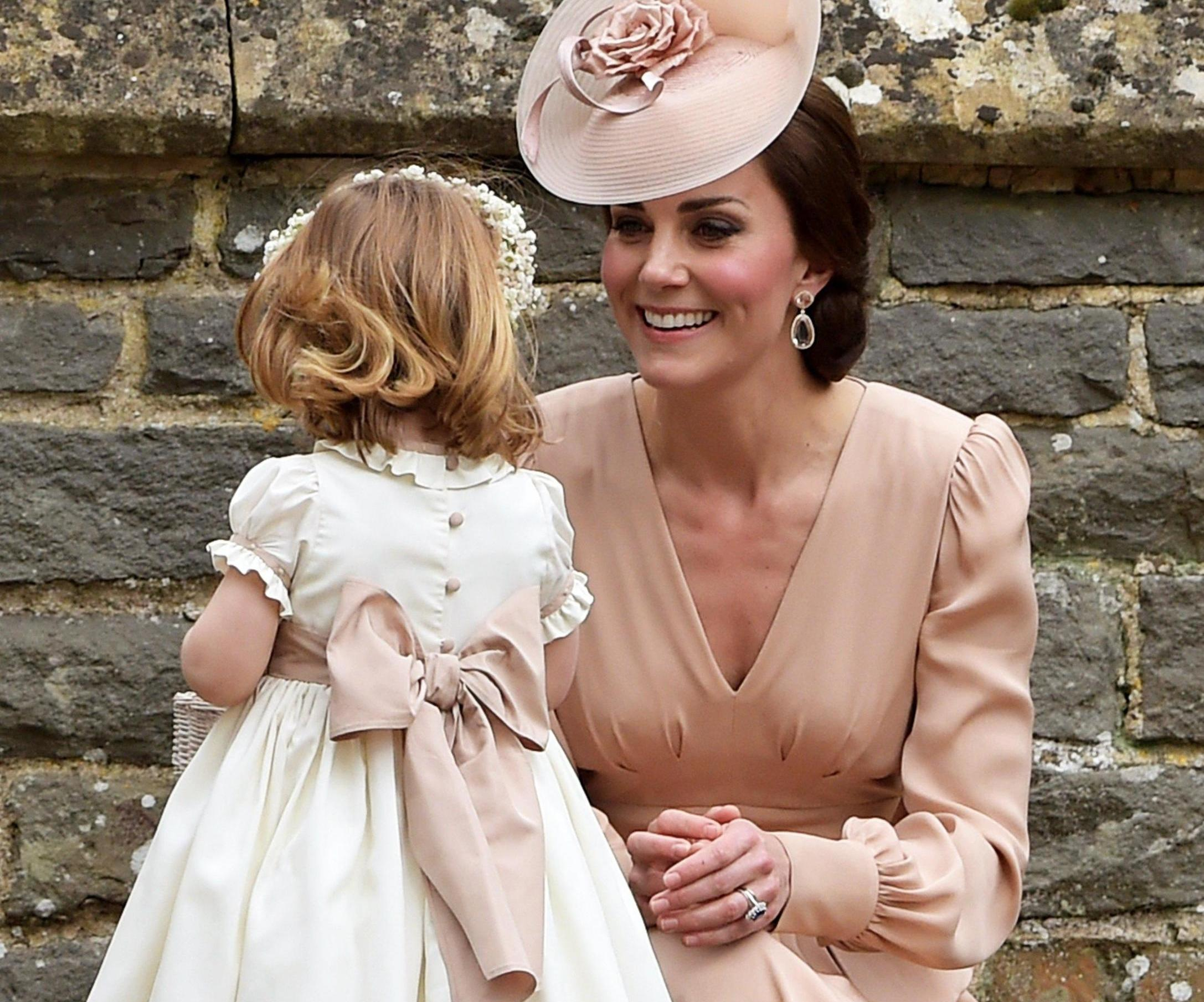 Kate Middleton e l'abito di Zara da 45€ indossato il giorno del matrimonio di Pippa