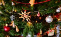 29 idee per addobbare lalbero di Natale in modo originale