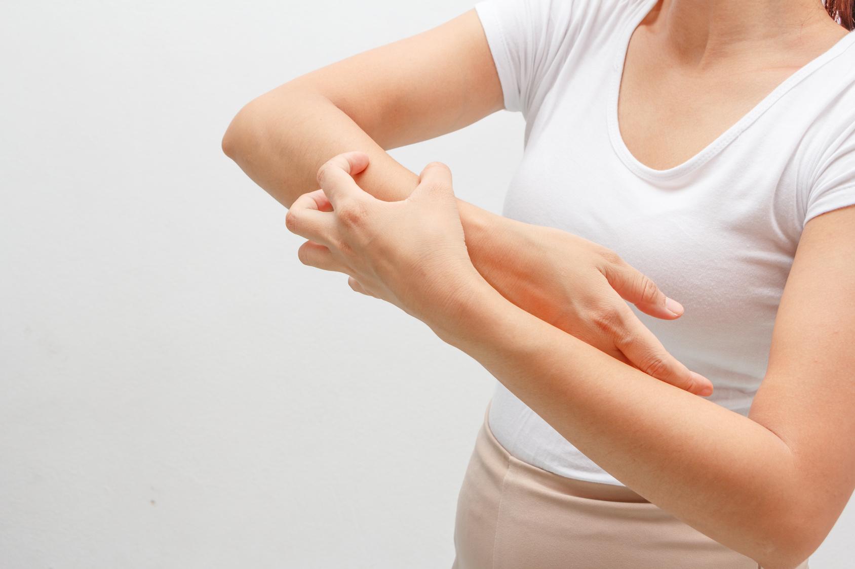 La candidosi cutanea: cos'è, le cause, i sintomi e come si cura
