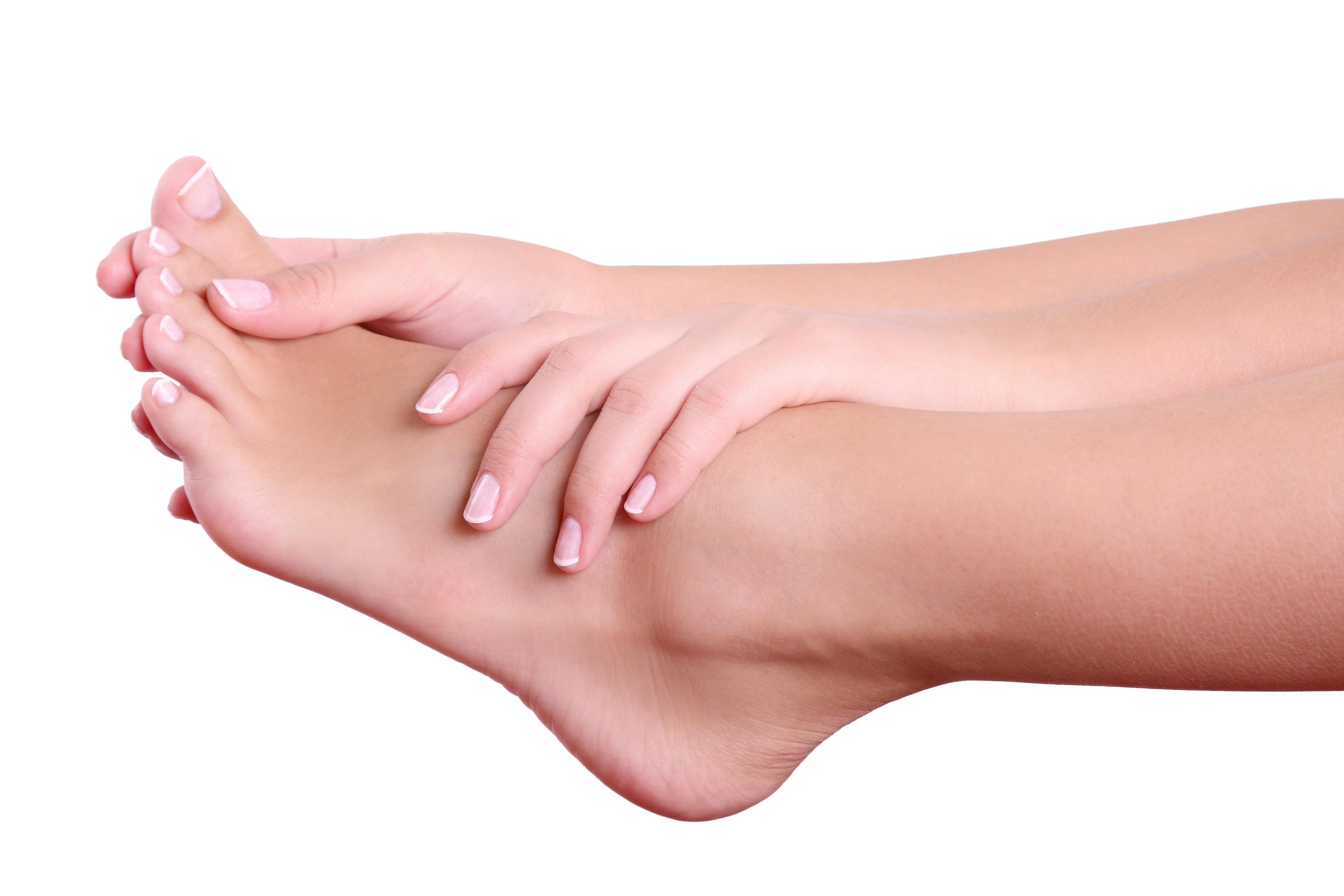 La candidosi delle unghie di mani e piedi