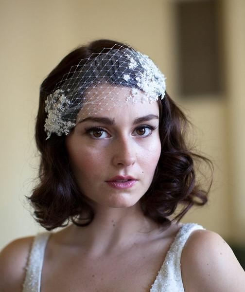 Look stile vintage per la sposa con veletta