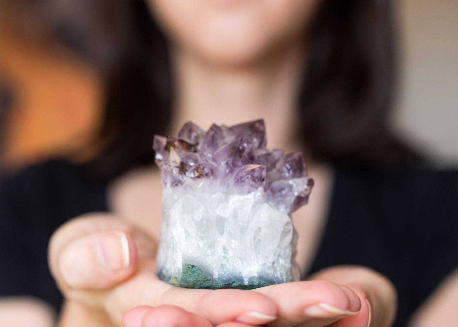 benefici cristalli pelle