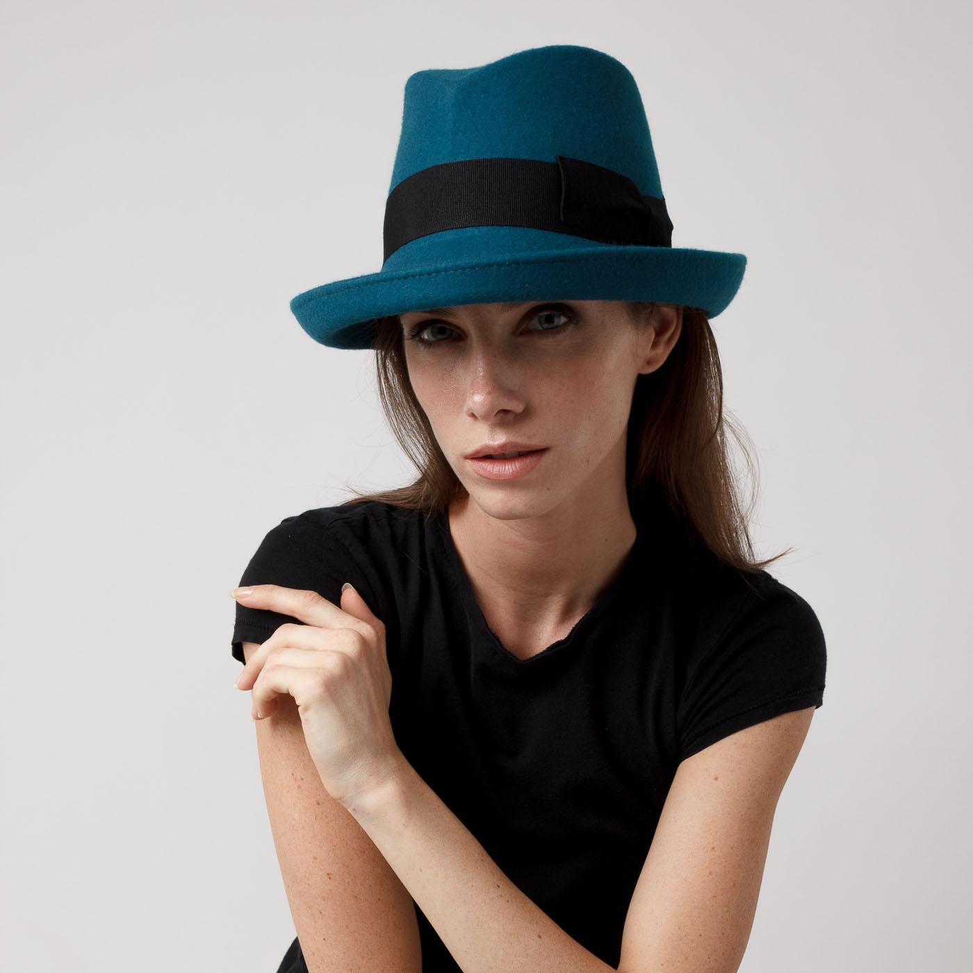 cappello stile Seventies Colours Beauty