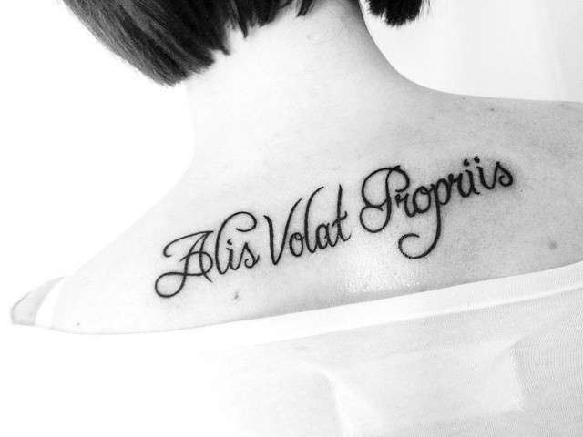 frasi latino per tatuaggi traduzione