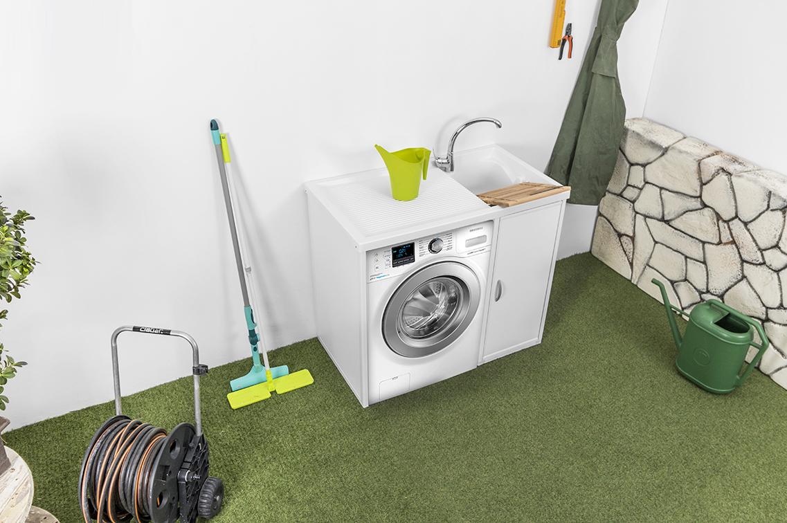 Le soluzioni migliori per un angolo lavanderia esterno