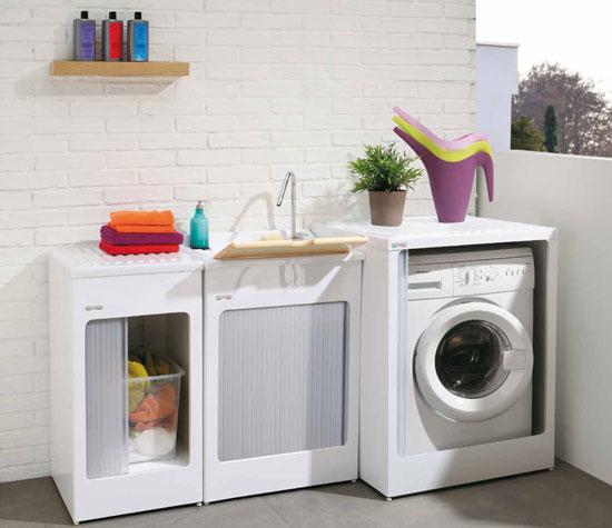 Le soluzioni migliori per un angolo lavanderia esterno for Mobili terrazzo