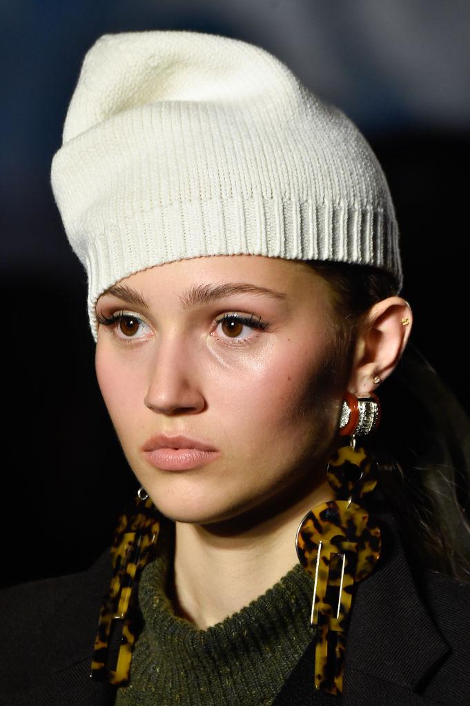Tendenze novembre 2020 cappello di lana