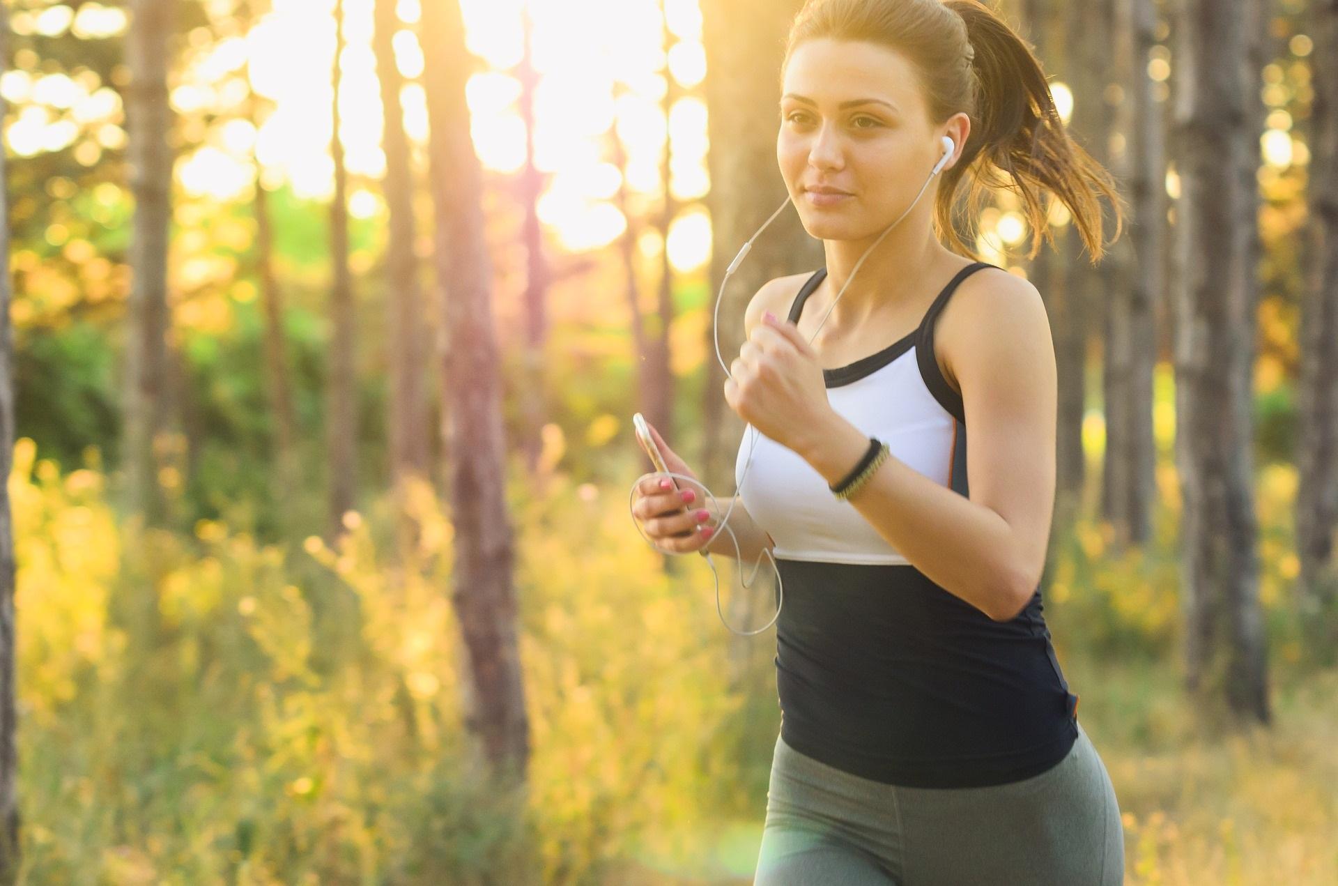 Trail running: cos'è, l'allenamento e l'abbigliamento